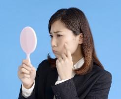 グリセリン化粧水がニキビ悪化の原因?使用中止する前に