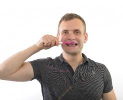 重曹歯磨きにホワイトニング効果?残酷な結果に